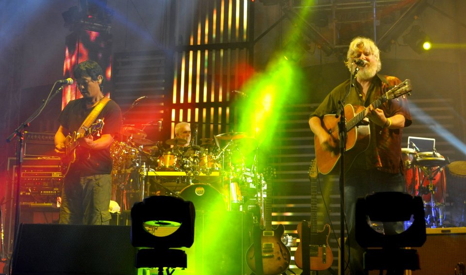 String Cheese Incident hosts Hulaween 2013