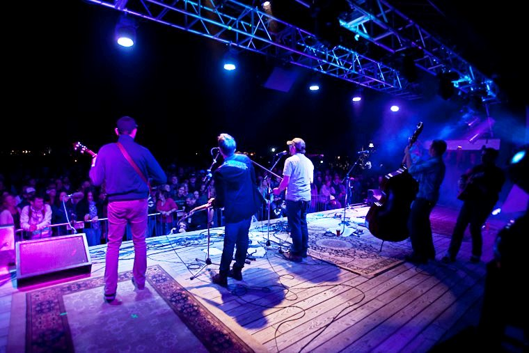 The Infamous Stringdusters Announce 2013 Ski Tour