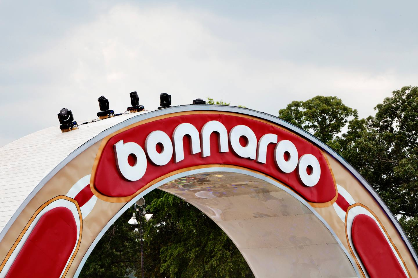 In Shadow of new Tennessee Voter Registration Law, HeadCount sets Voter Registration Record at Bonnaroo