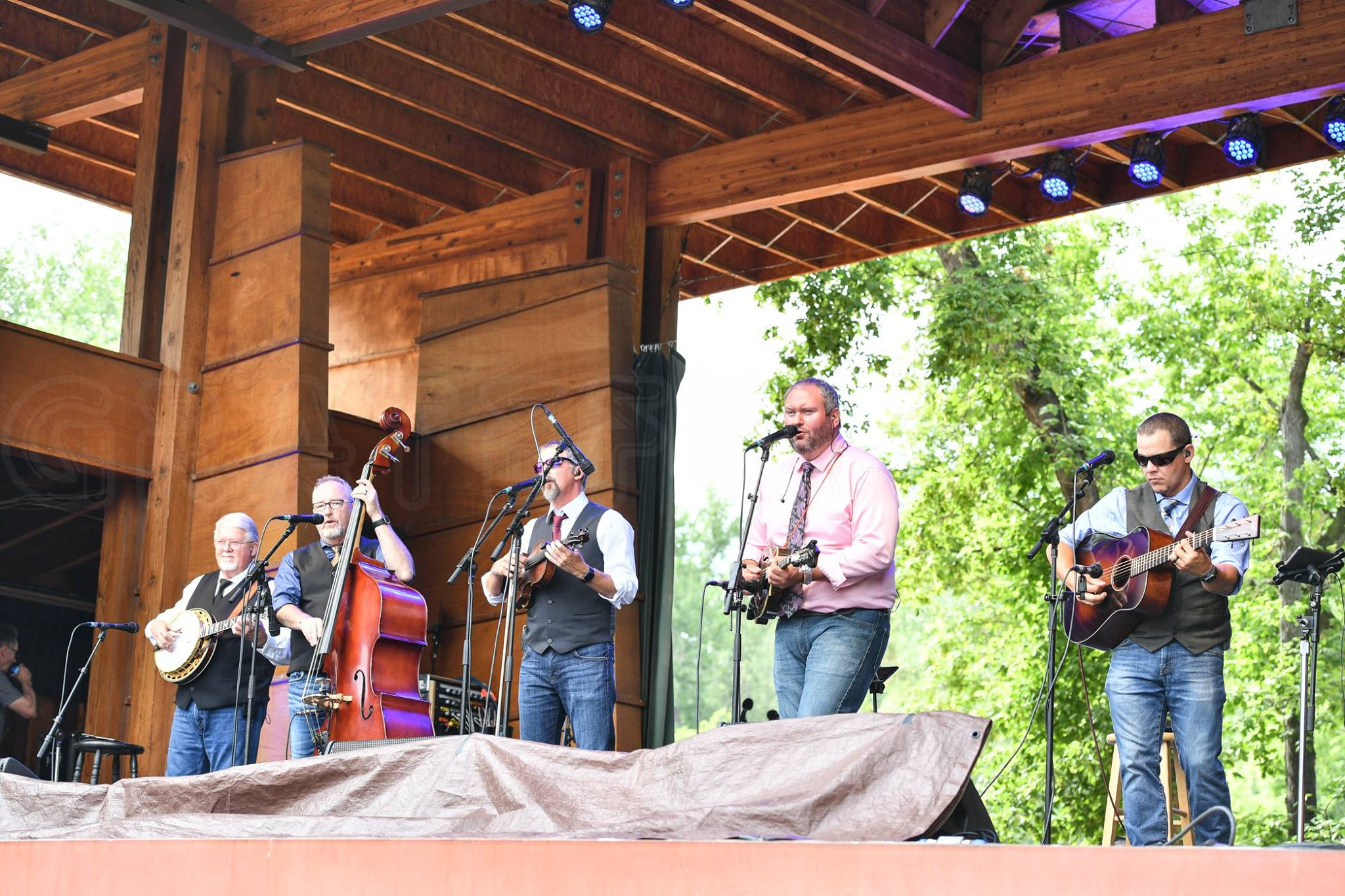 Balsam Range Wins IBMA Entertainer of the Year Award