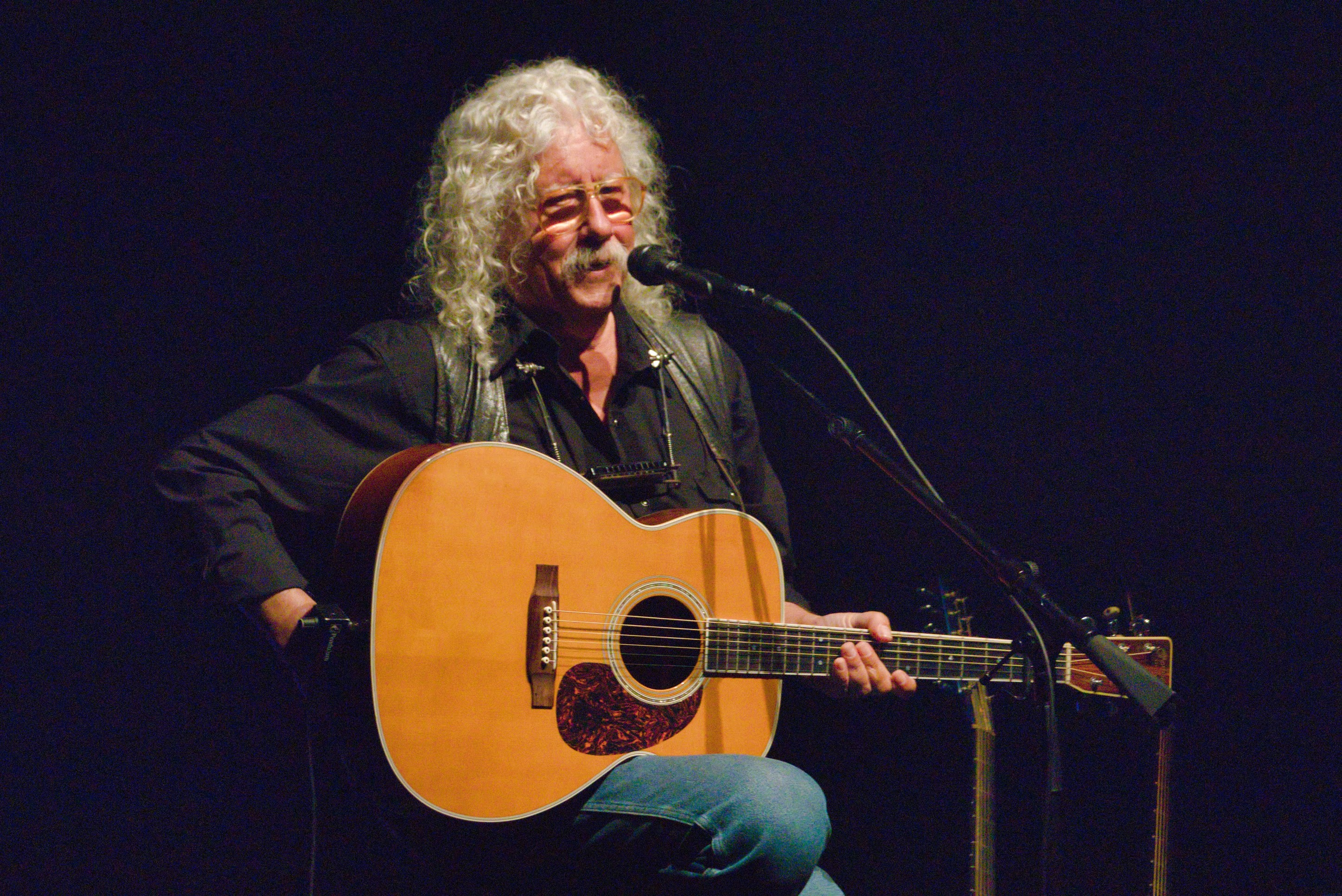 Arlo Guthrie to play the Boulder Theater in May 2020