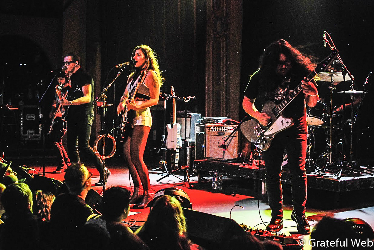 Best Coast | The Bluebird Theater | Review