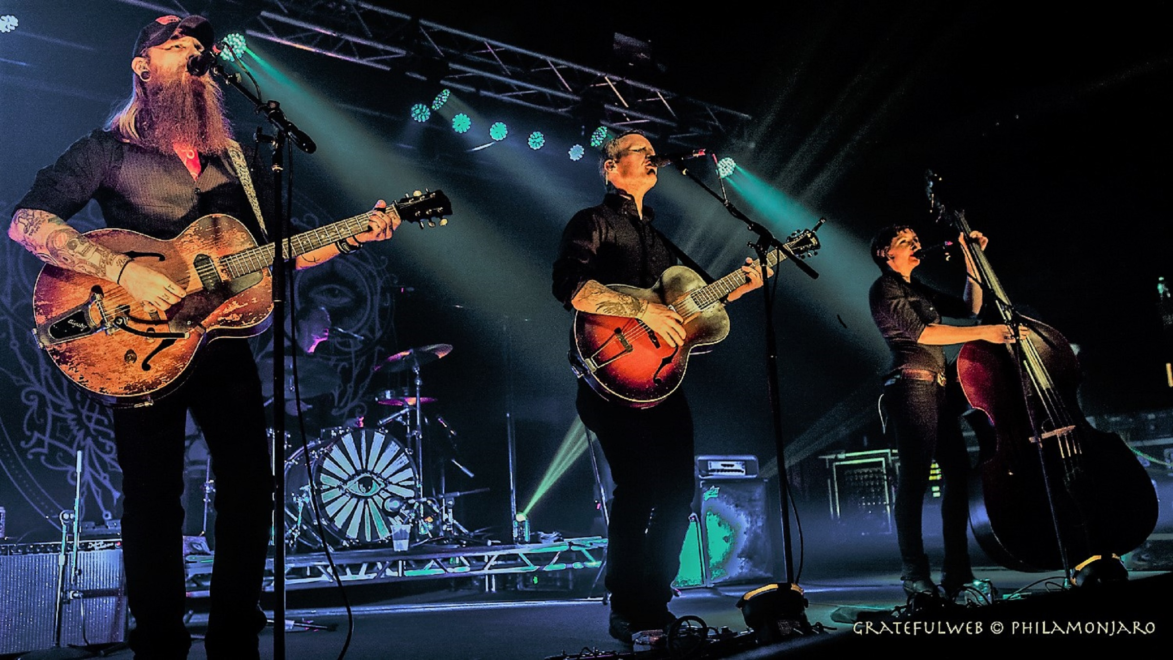 the devil makes three concord music hall review grateful web grateful web