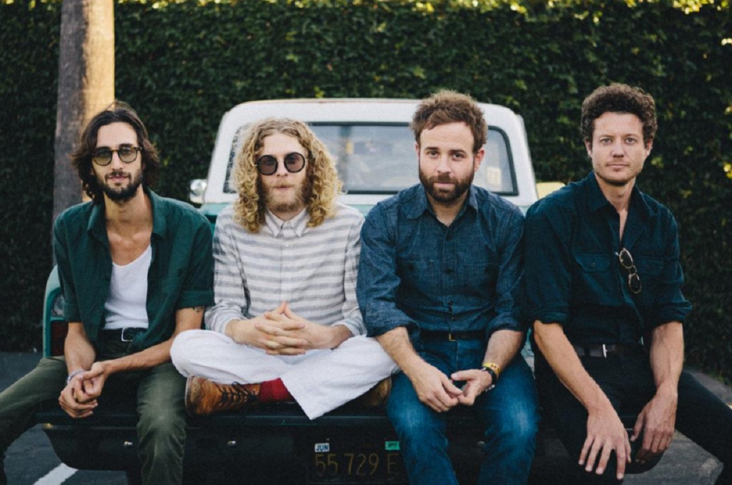 Dawes Will Release Limited Edition Vinyl Of 'We're All Gonna Live'