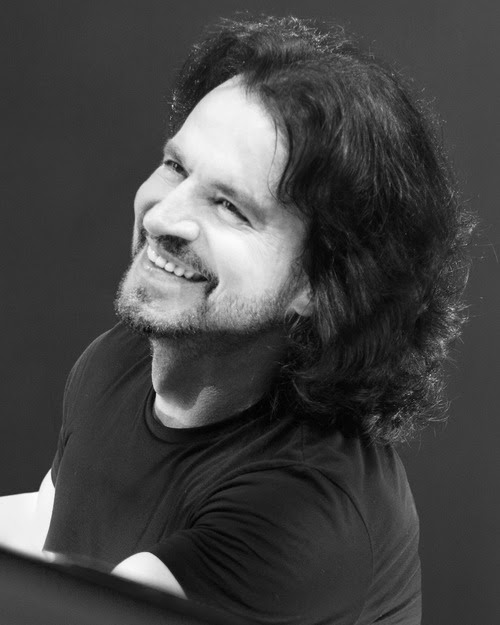 YANNI Announces North American Tour
