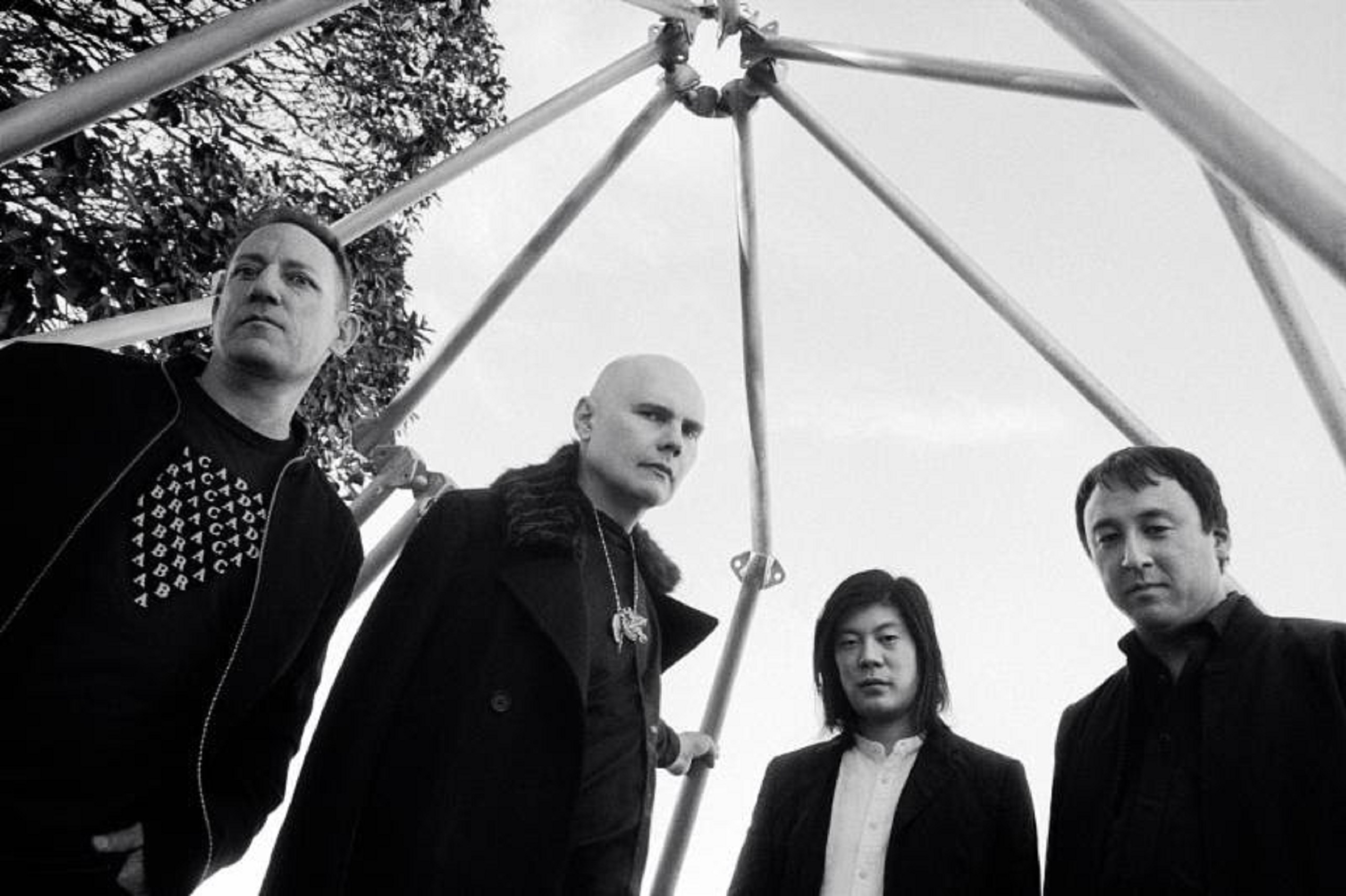 The Smashing Pumpkins Featuring Original Members Announce First Tour Since 2000