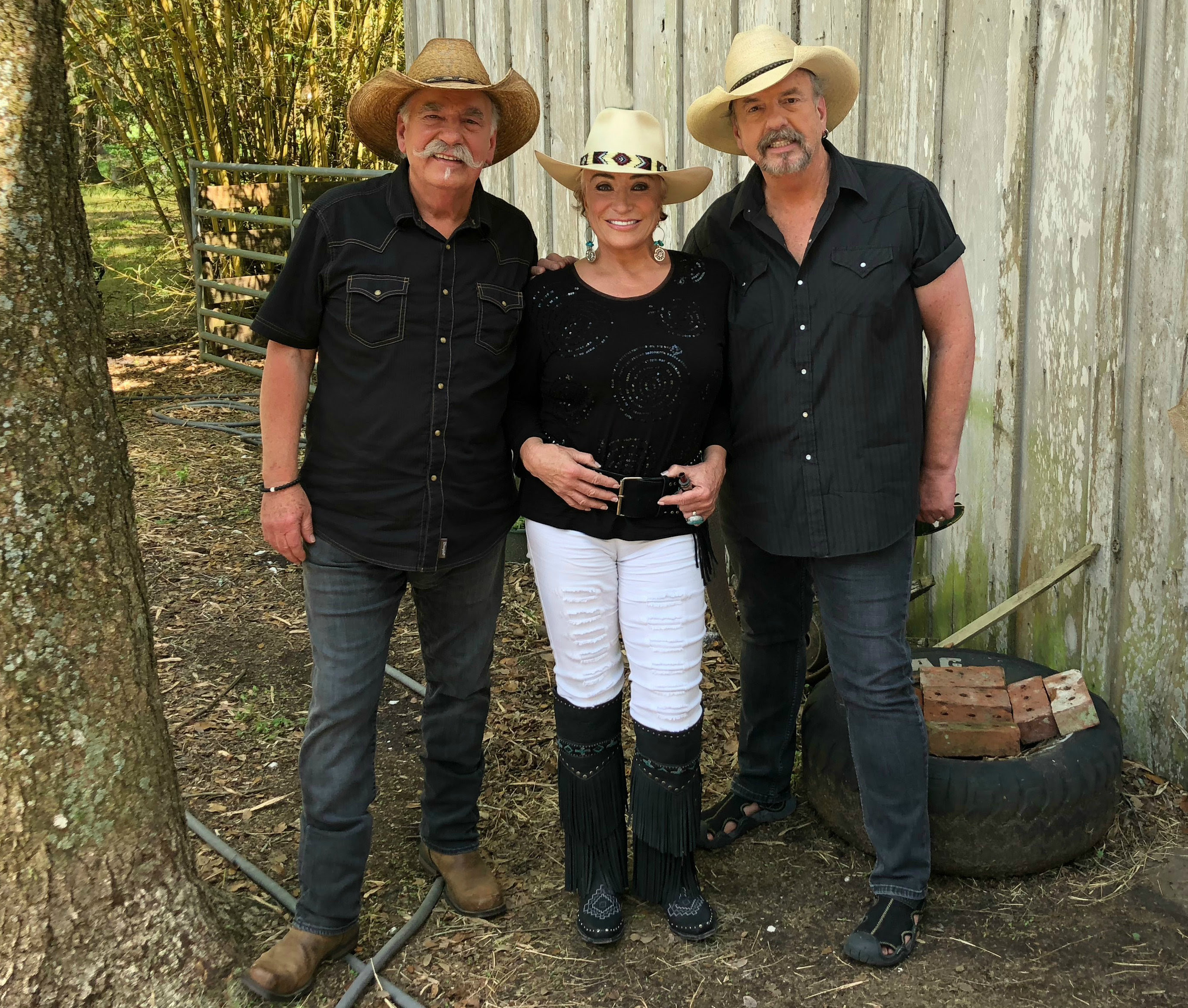"Tanya Tucker Brings 'Texas' to Sunshine State in Bellamy Brothers ""Honky Tonk Ranch"""