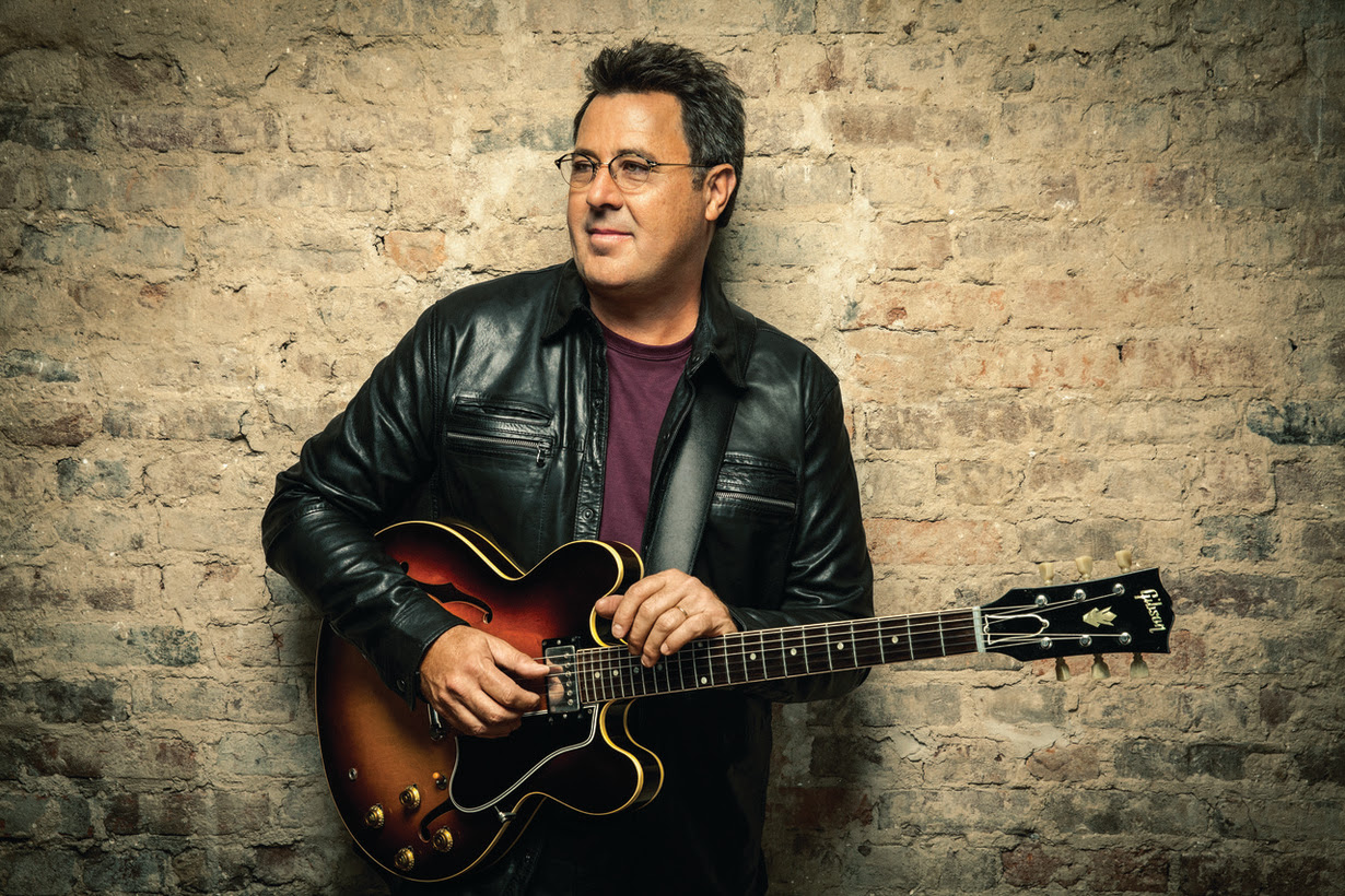 Vince Gill Joins Songbirds Guitar Museum