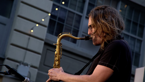 Carl Broemel -- In Concert