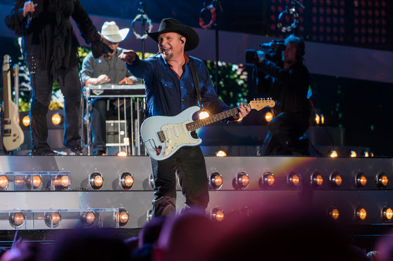 Garth Brooks/Yankee Stadium/Live Airs Tonight