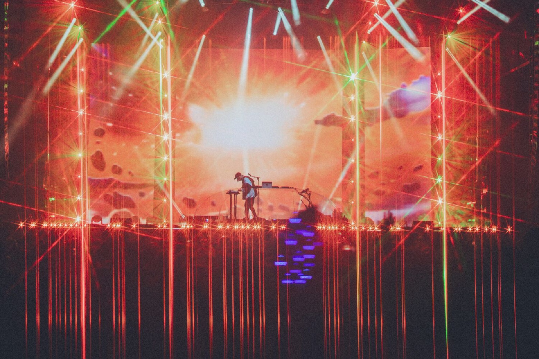 PORTER ROBINSON'S SECOND SKY FESTIVAL CONCLUDES TO GREAT SUCCESS