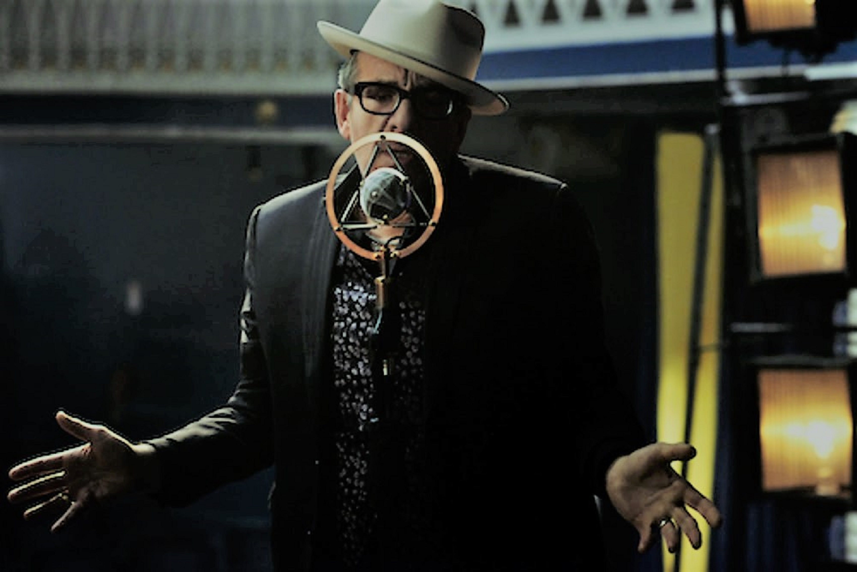 "Elvis Costello Releases Video for New Single ""You Shouldn't Look At Me That Way"""