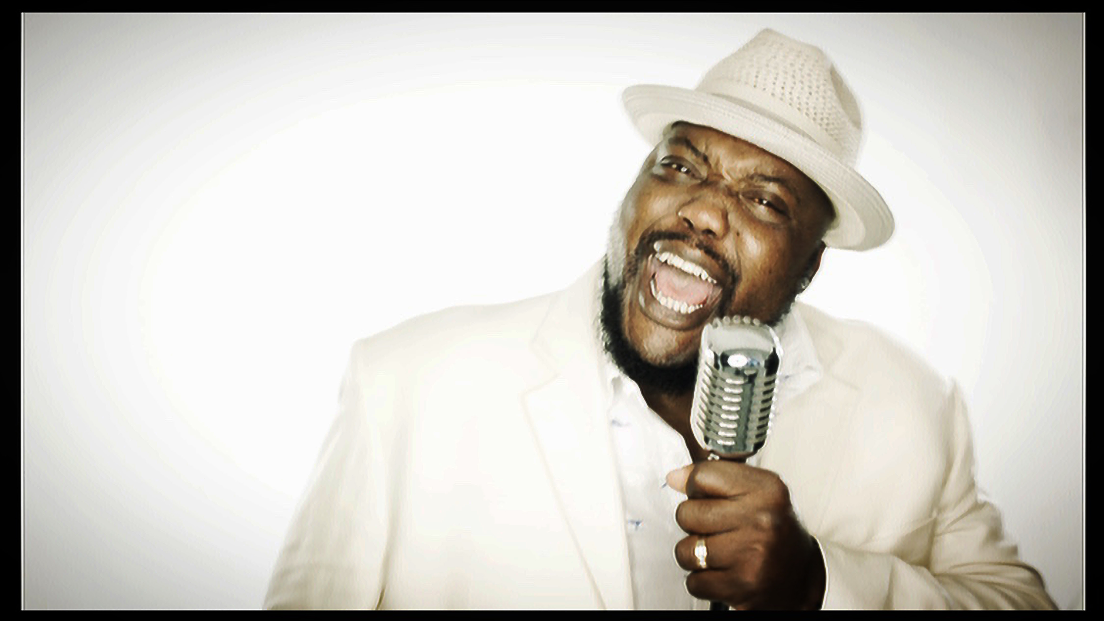 Sugaray Rayford Wins B.B. King Entertainer of the Year Award