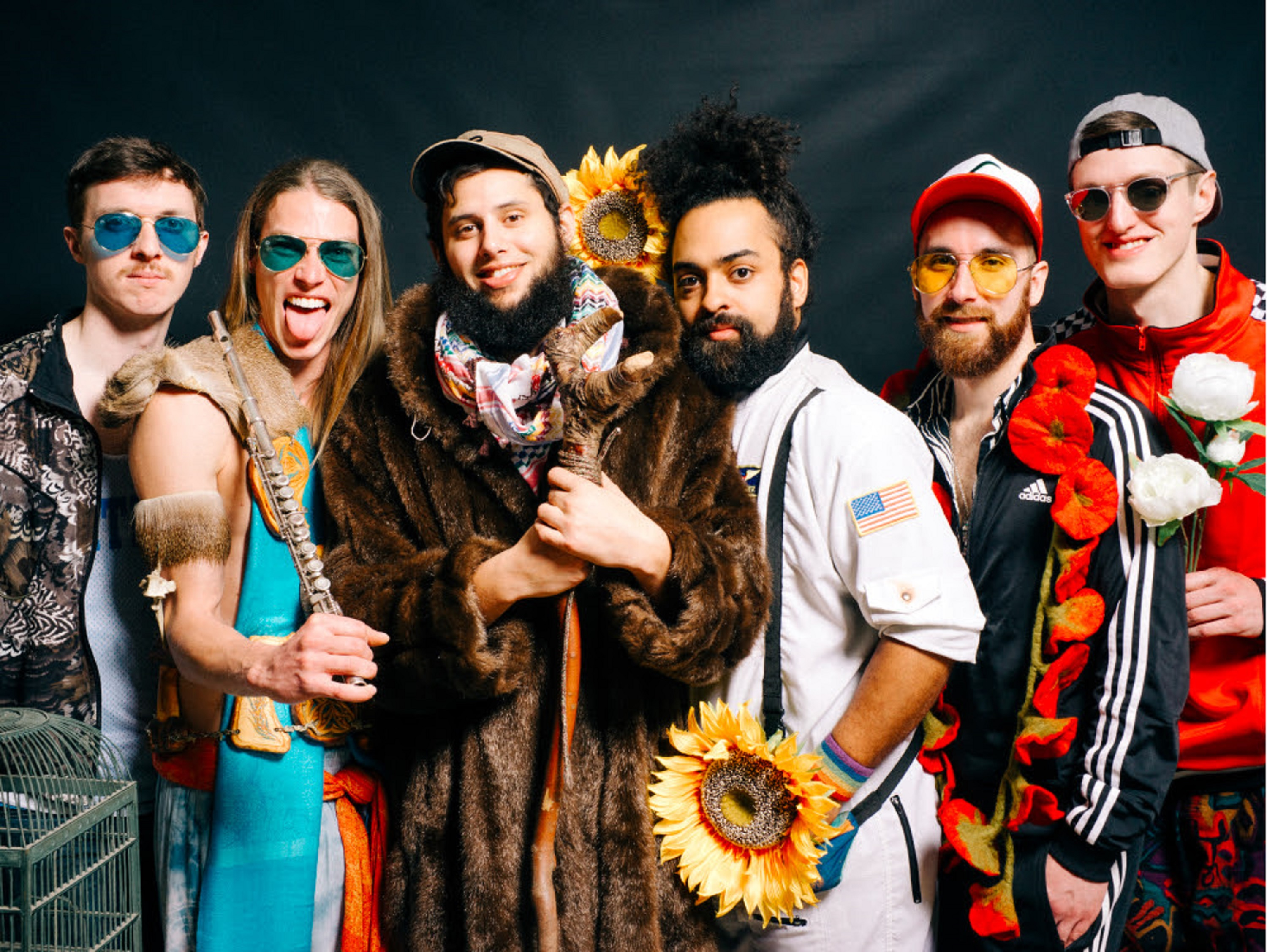 "Joe Hertler & The Rainbow Seekers Take A Deep Dive In ""Underwater"""