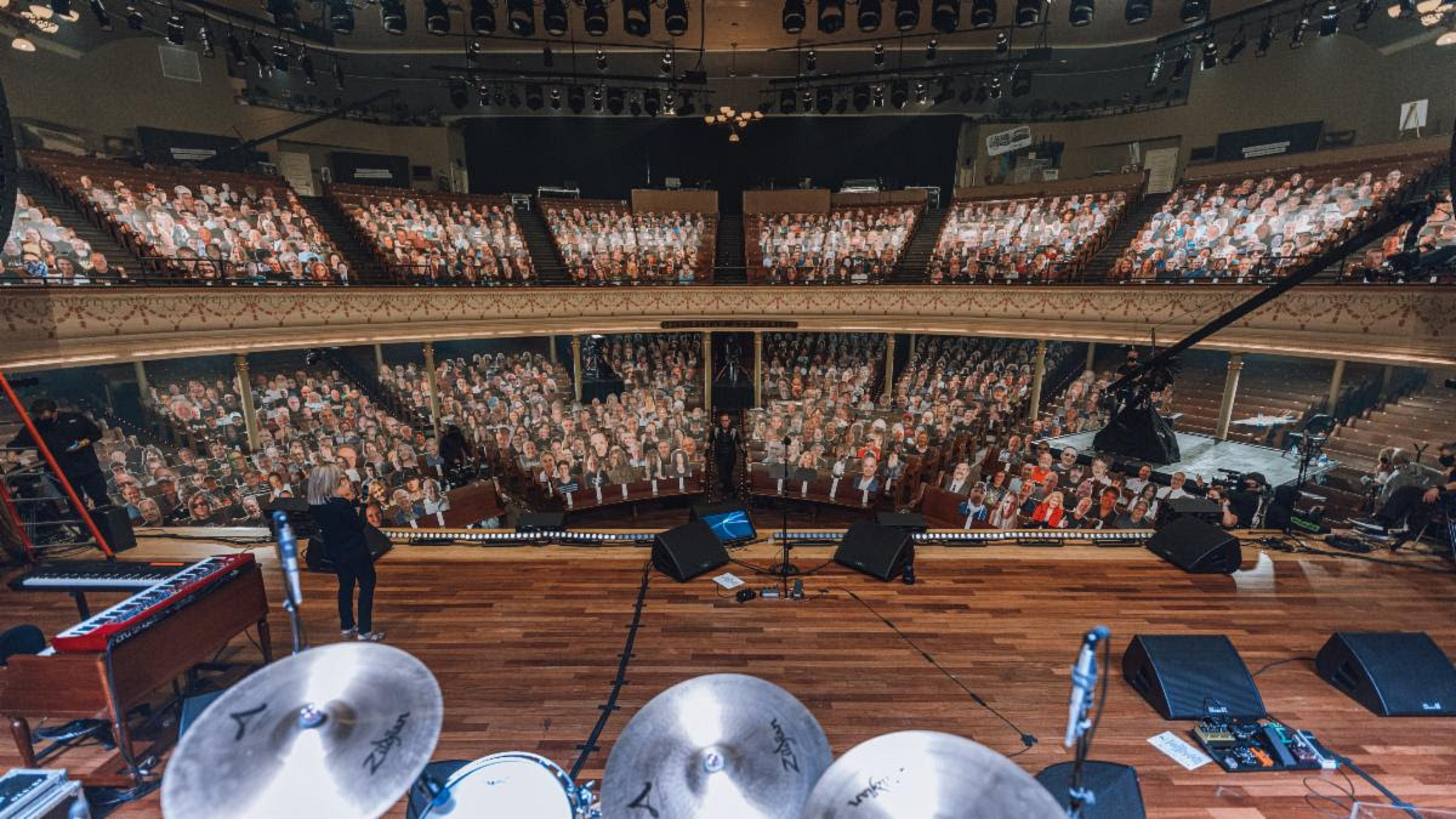 Joe Bonamassa's live concert reaches 44 countries