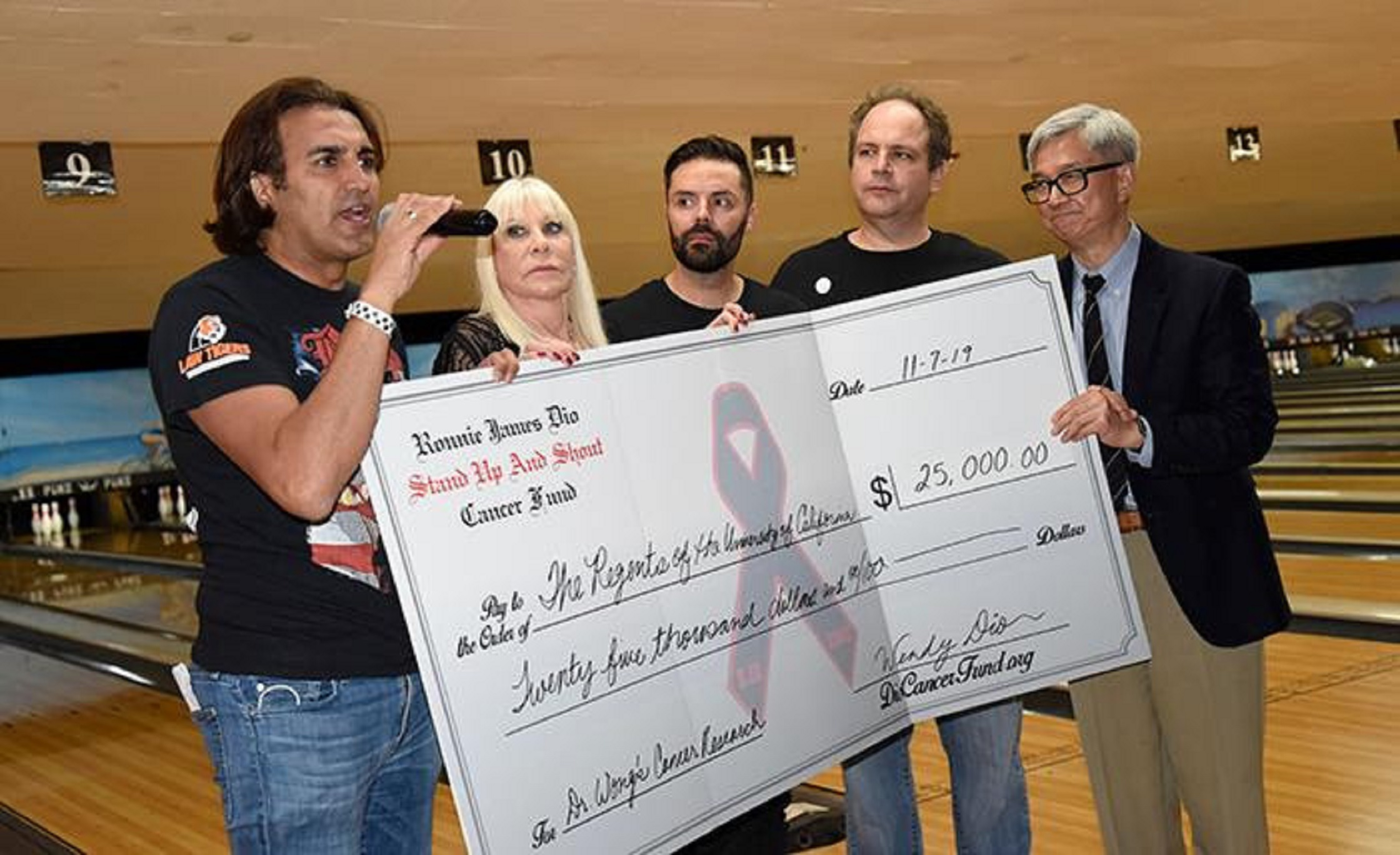 "5th Annual ""Bowl For Ronnie"" Raises Over $50,000 for Ronnie James Dio Cancer Fund"