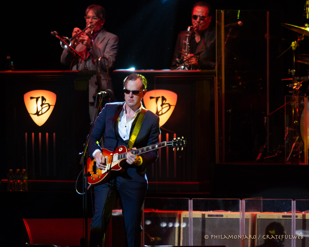 Joe Bonamassa | Chicago Theatre