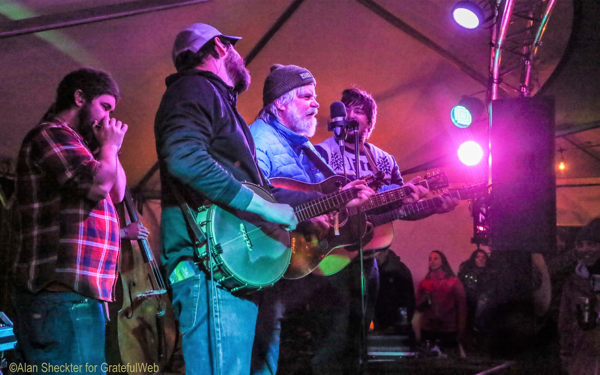 Vince Herman sitting in with Horseshoes & Hand Grenades | WinterWonderGrassTahoe