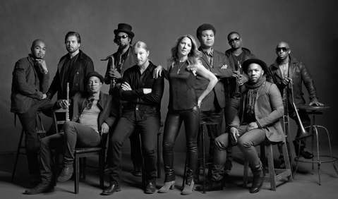 Tedeschi Trucks Band Jam w/ The Black Crowes on Tour